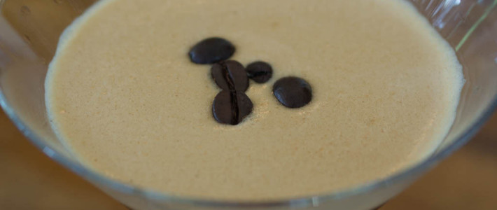 Espresso Martini Recipe in 8 Simple Steps
