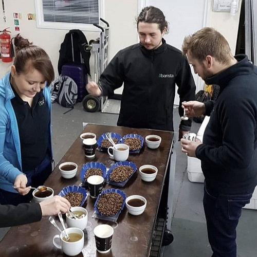 coffee-cupping-barista-team
