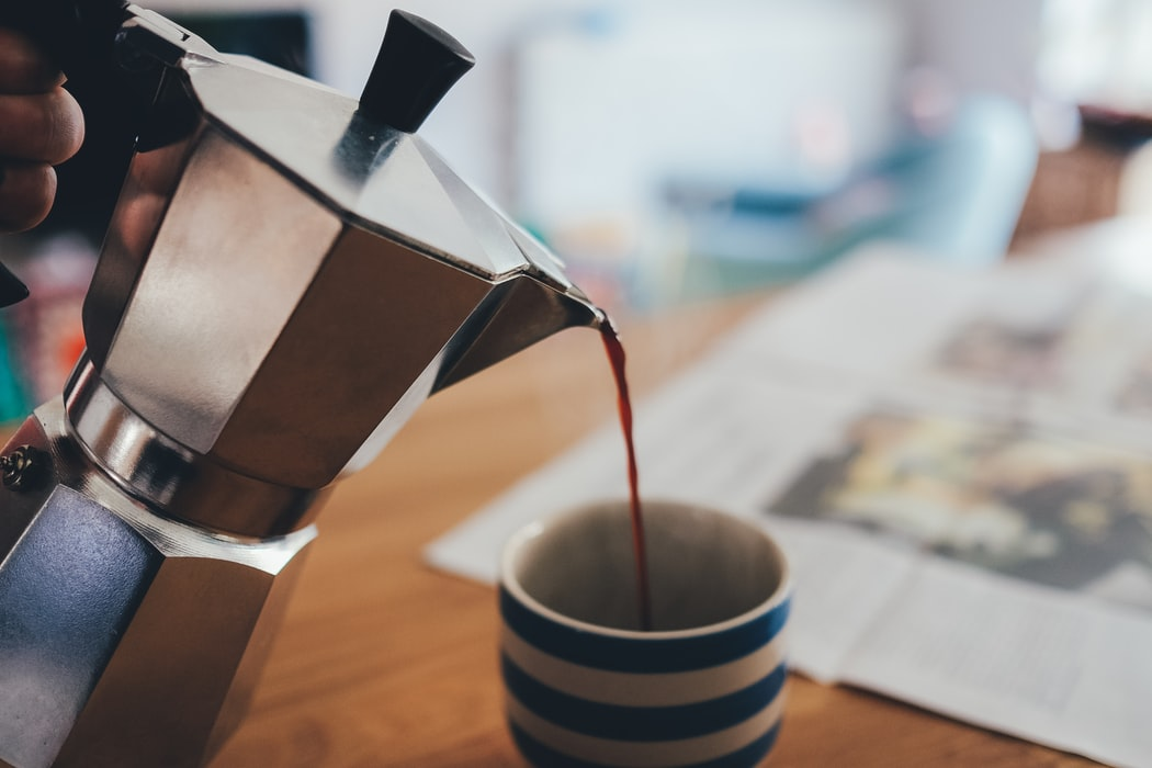 best-coffee-at-home-moka-pot-pouring